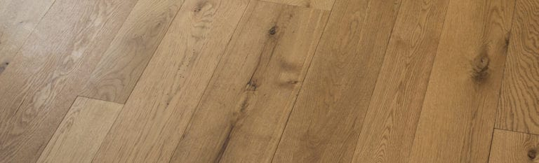 white oak wide pank floor closeup