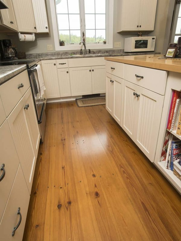 heart pine flooring used in kitchen