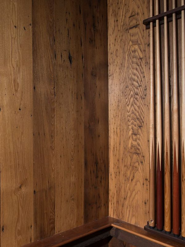Reclimaed chestnut detail corner with pool sticks